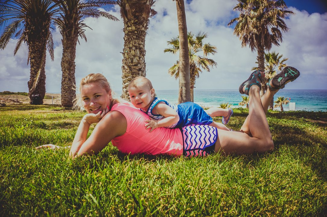 baby-beach-blue-sky-266037